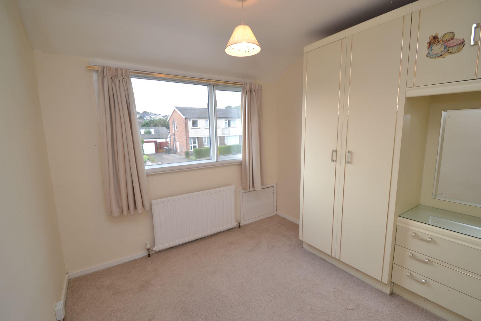 3 Bedroom Semi-detached Dormer House For Sale - Photograph 12