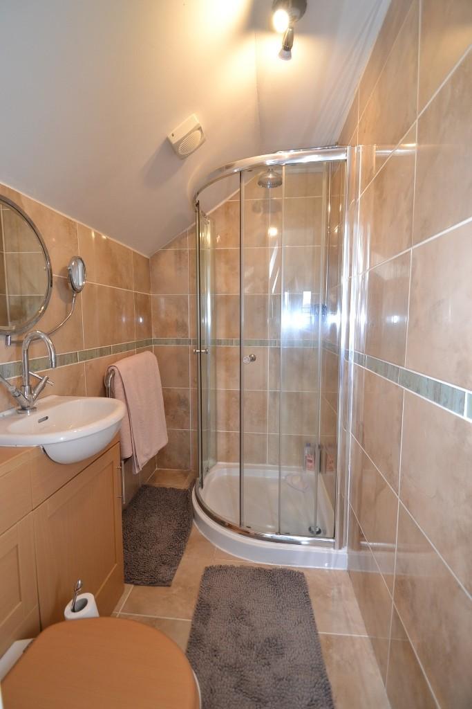 5 Bedroom Detached House For Sale - 7