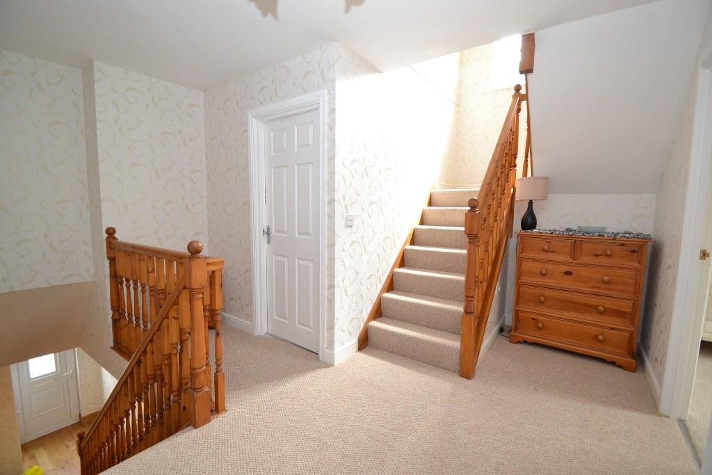 5 Bedroom Detached House For Sale - 14