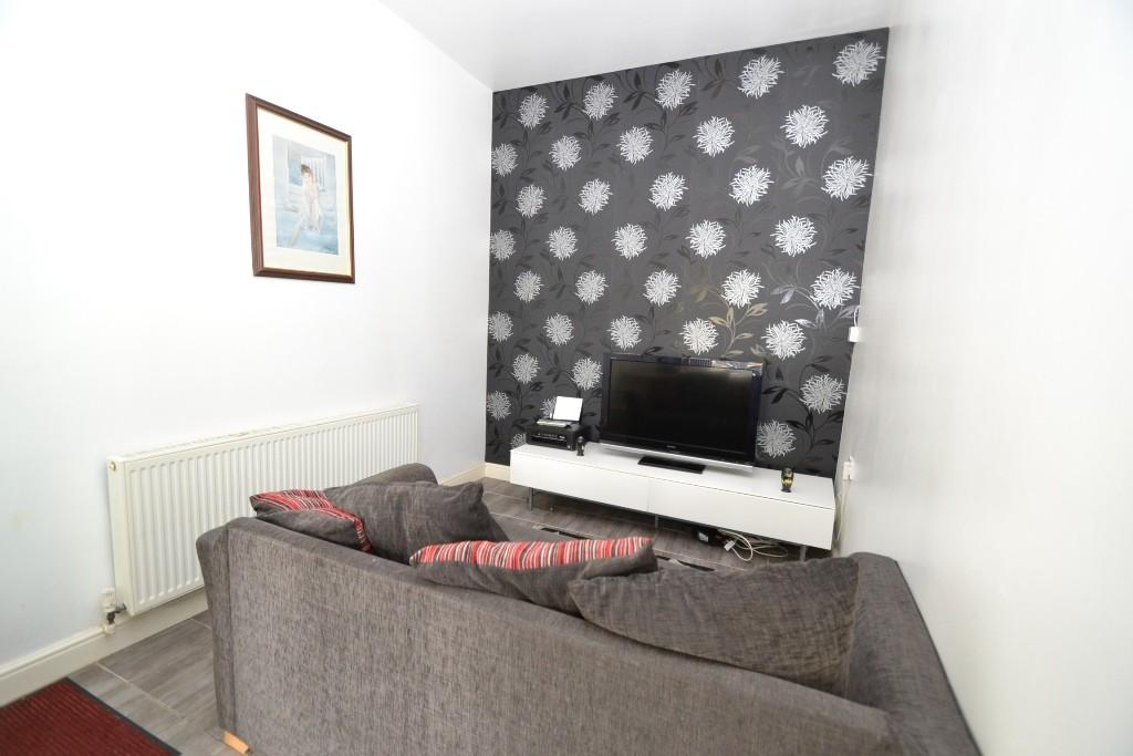 5 Bedroom Detached House For Sale - 8