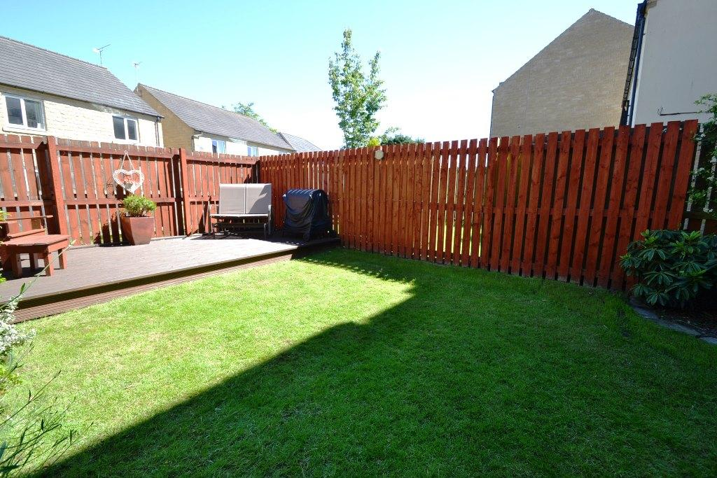 4 Bedroom End Terraced House For Sale - Photograph 17