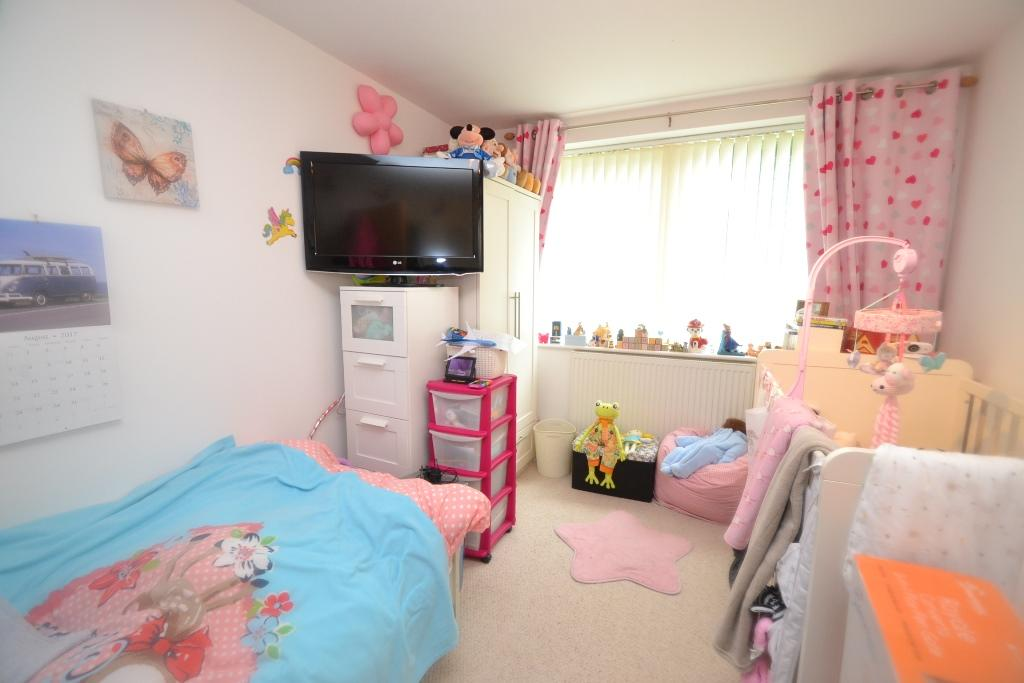 2 Bedroom Ground Floor Flat/apartment For Sale - 6