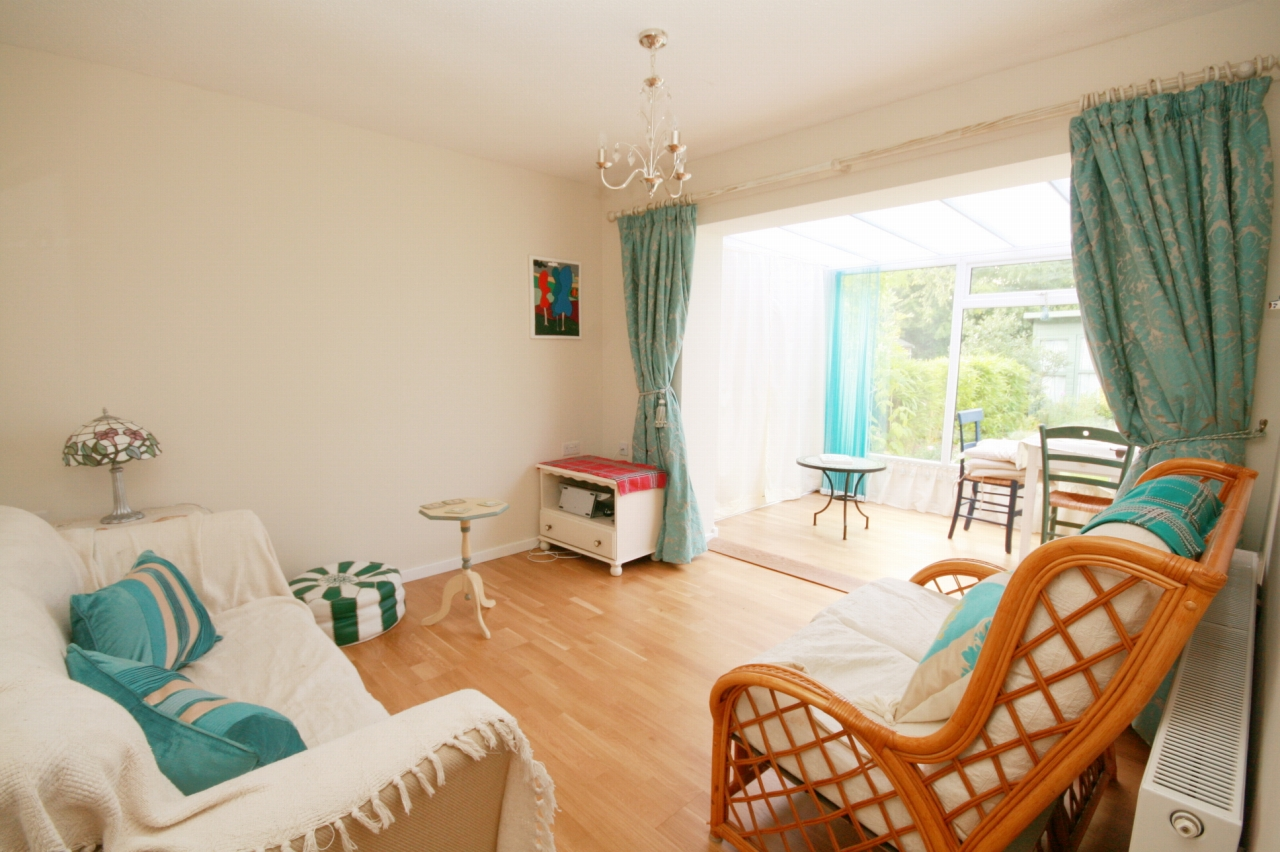 1 Bedroom Terraced Bungalow For Sale - Photograph 3