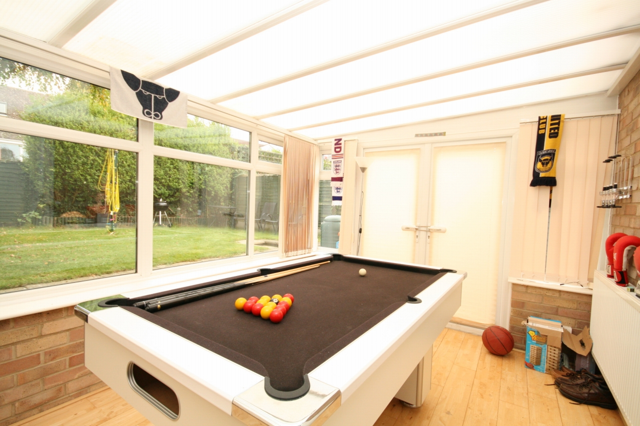 4 Bedroom Detached Bungalow For Sale - Photograph 5