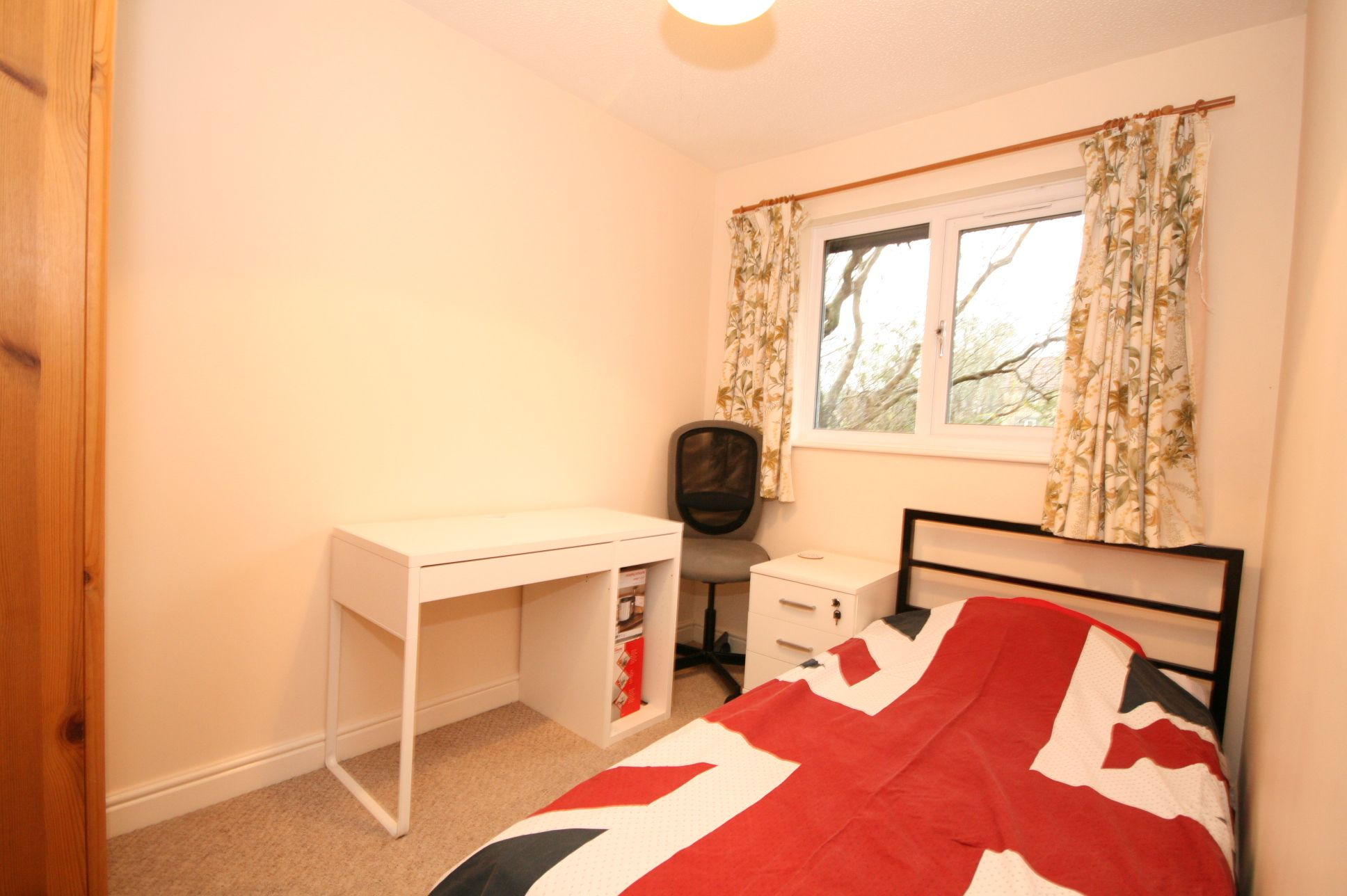 2 Bedroom End Terraced House For Sale - Bedroom 2