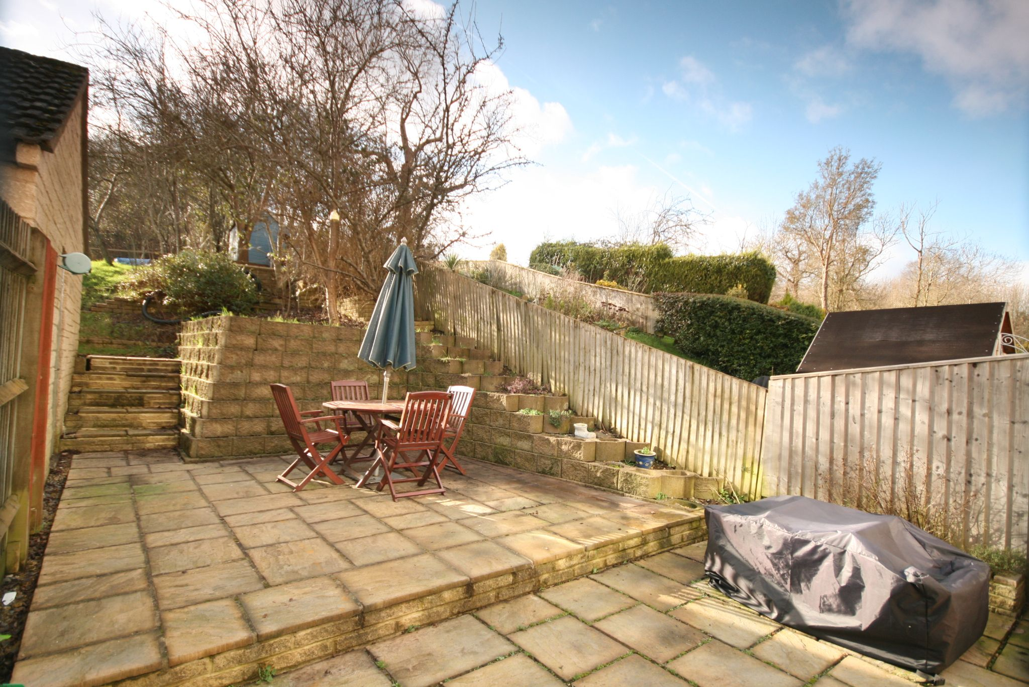 3 Bedroom End Terraced House For Sale - Patio