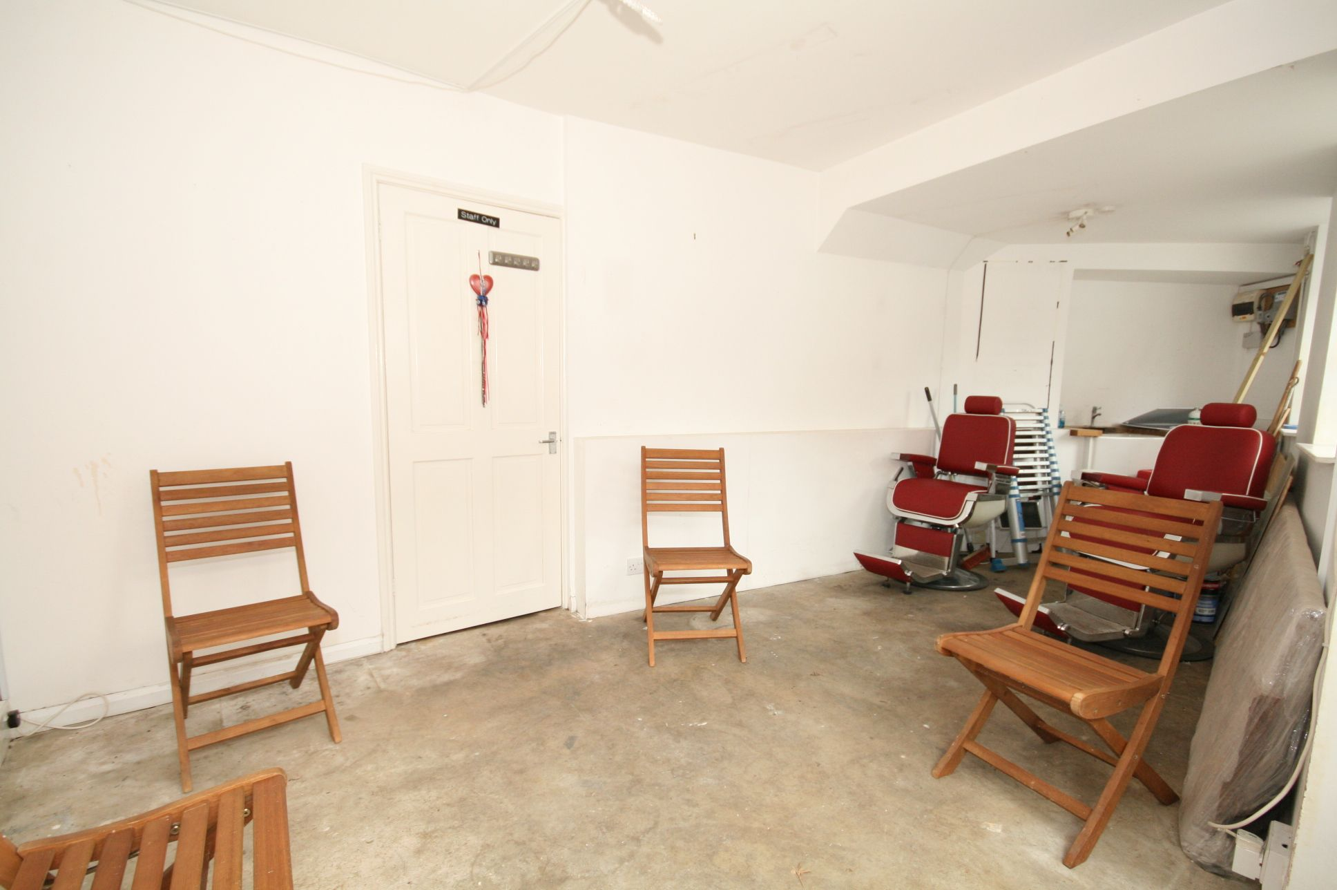 Catering To Rent - Photograph 2