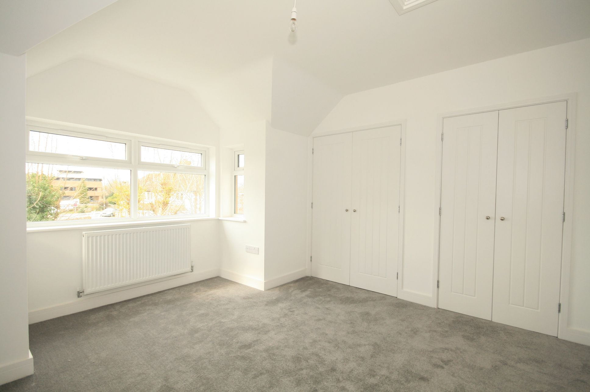2 Bedroom Detached House For Sale - Photograph 6