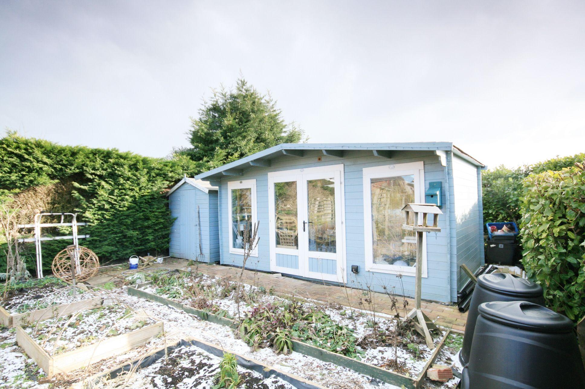 4 Bedroom Detached Bungalow For Sale - Garden room