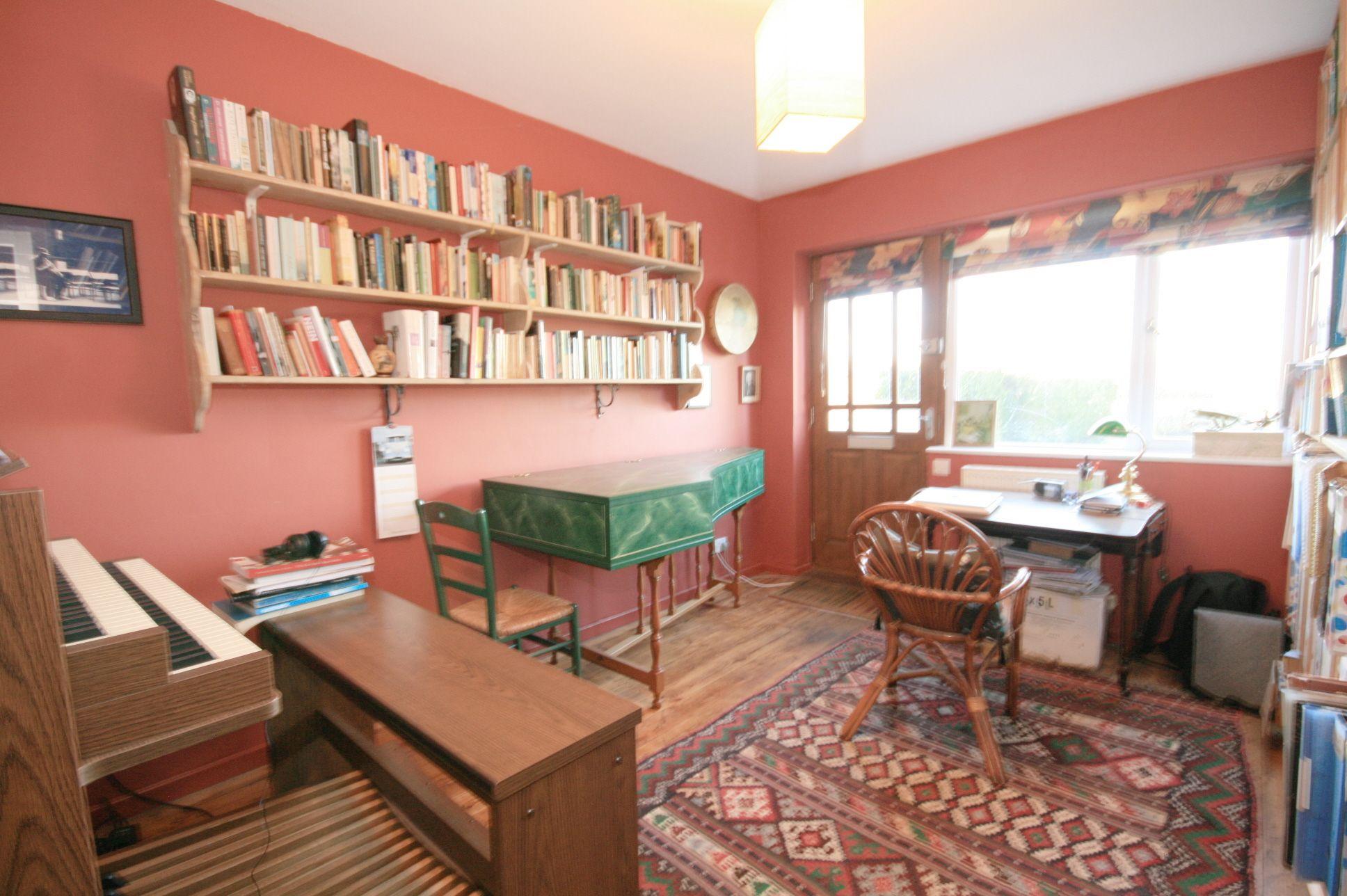 4 Bedroom Detached Bungalow For Sale - Photograph 6