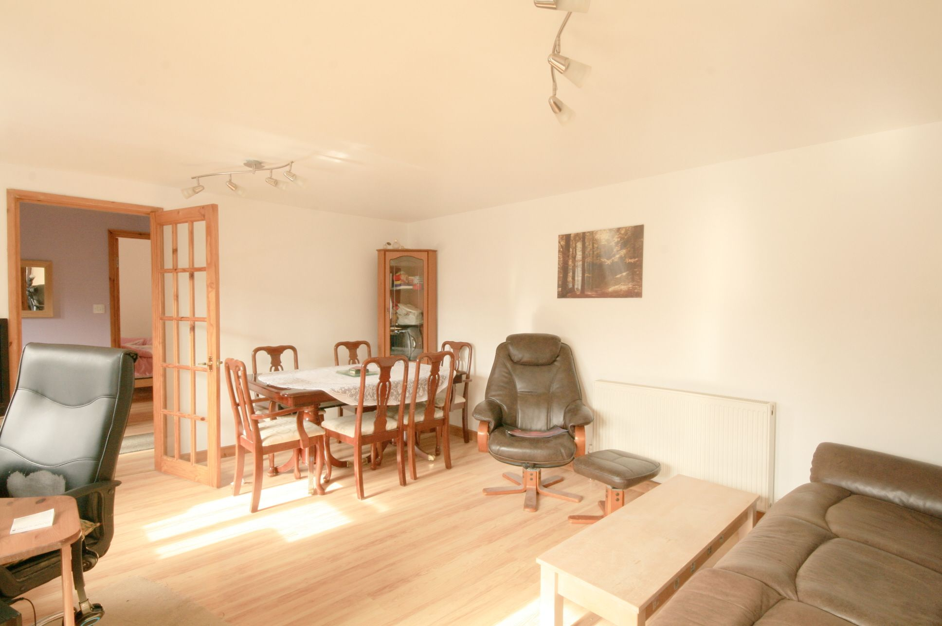 5 Bedroom Detached House For Sale - Photograph 5
