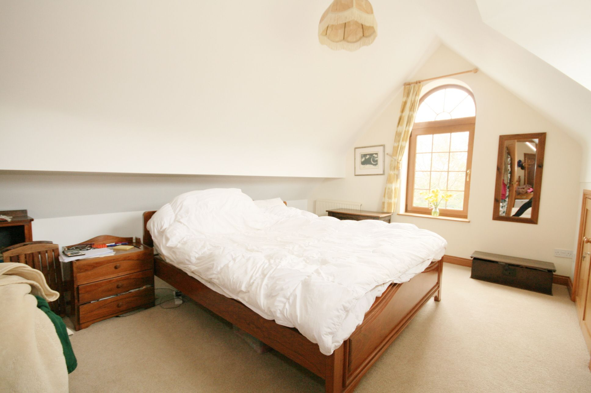 3 Bedroom Detached House To Rent - Photograph 11