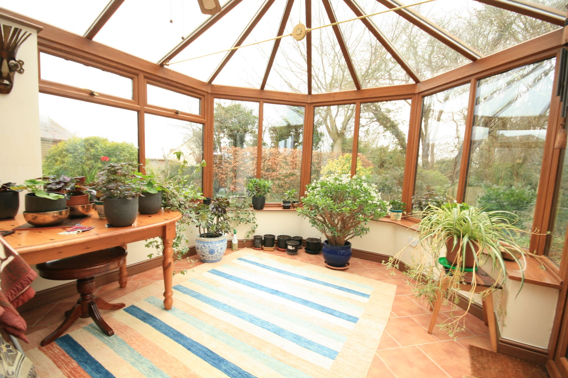 3 Bedroom Detached House To Rent - Photograph 8