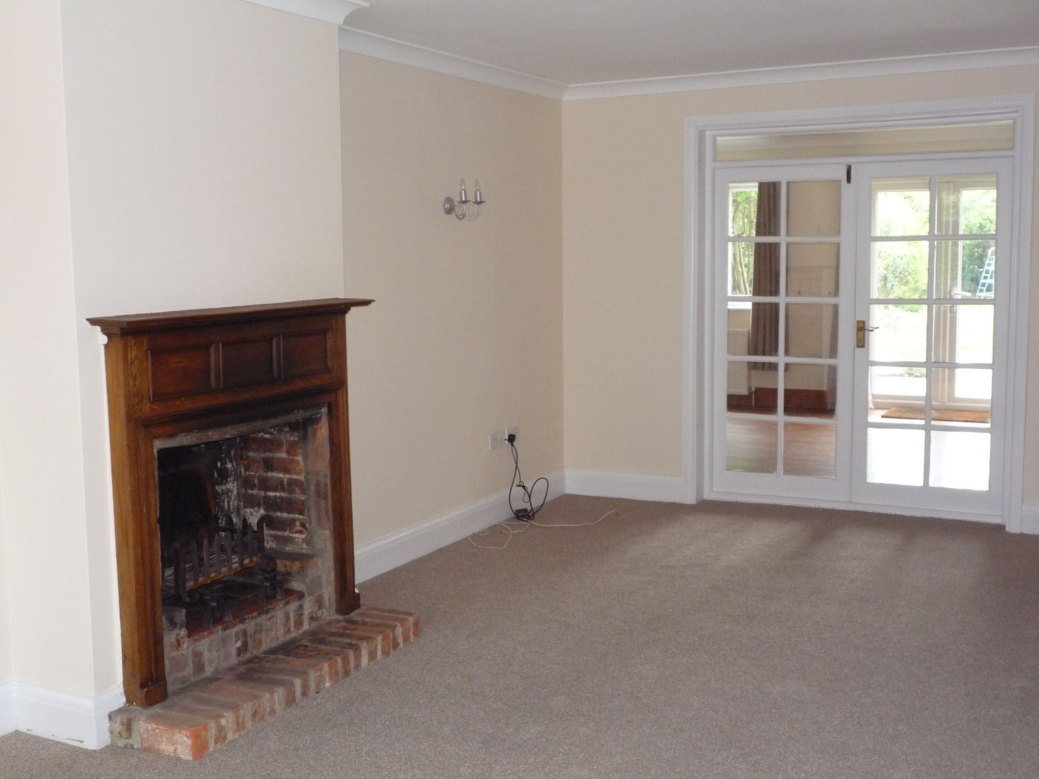 4 Bedroom Detached House To Rent - Photograph 7