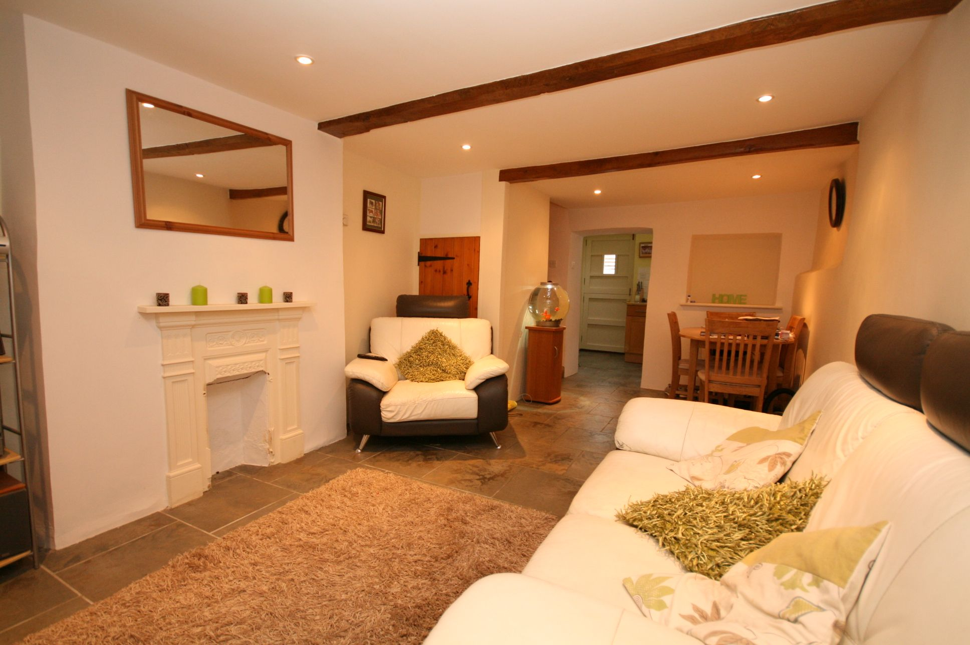 1 Bedroom Cottage House To Rent - Photograph 2