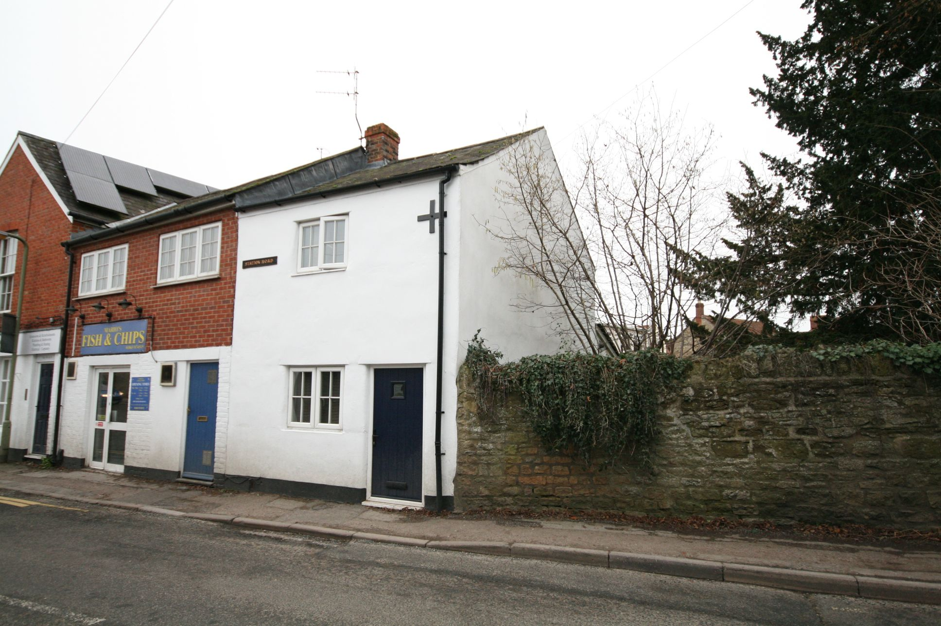1 Bedroom Cottage House To Rent - Photograph 1