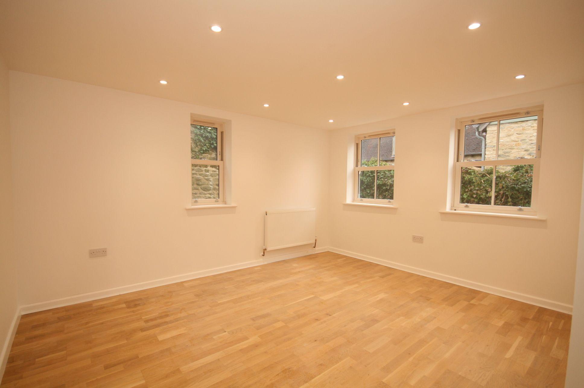 3 Bedroom Cottage House For Sale - Sitting room