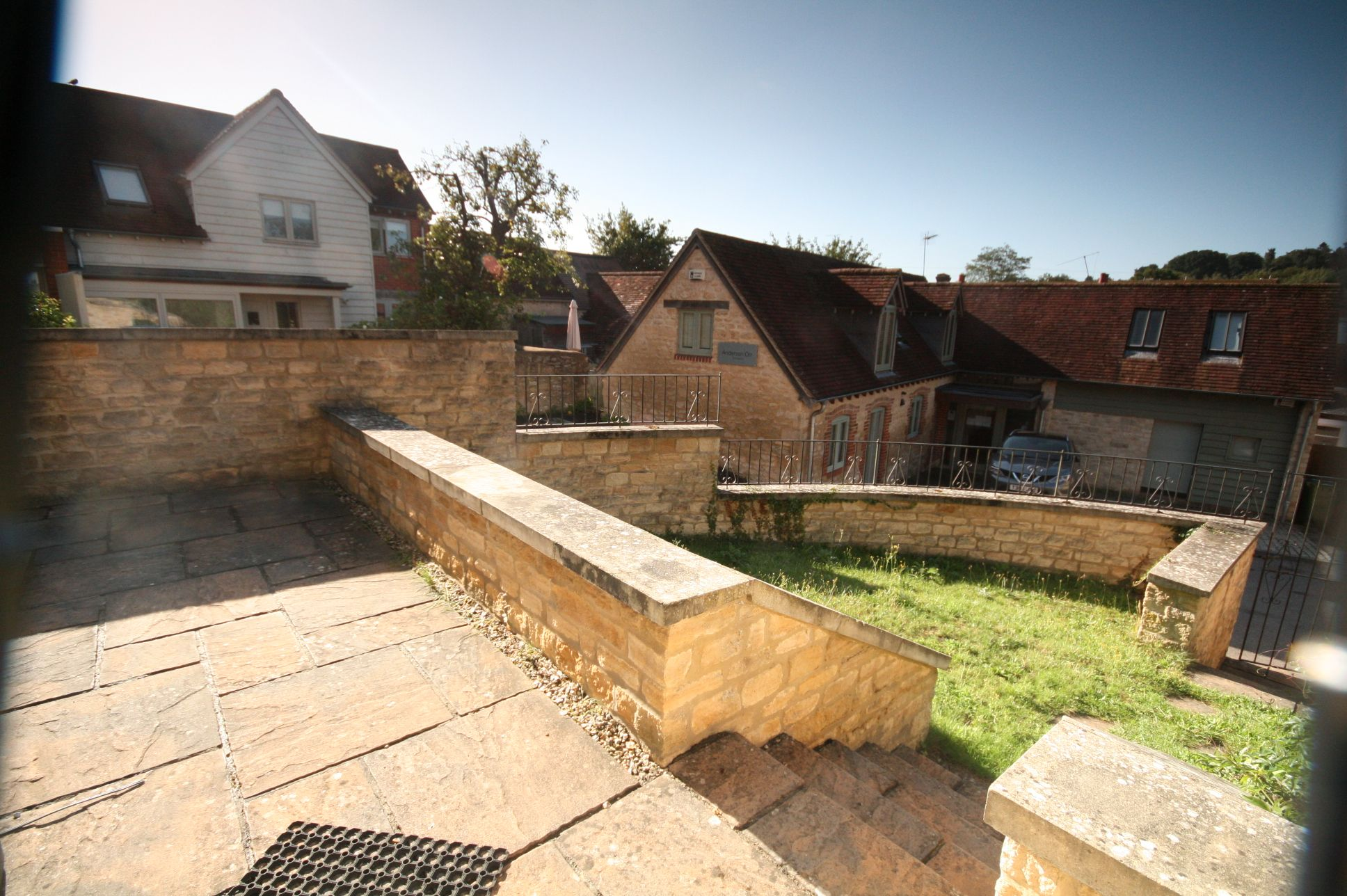 2 Bedroom End Terraced House To Rent - Photograph 2