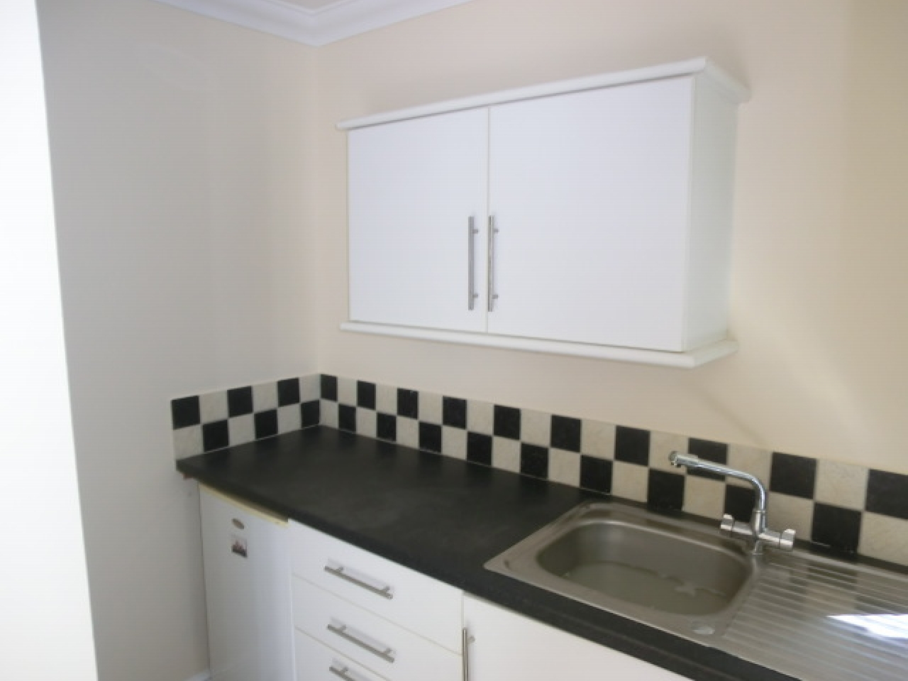 1 bedroom apartment flat/apartment Reserved in Southampton - Photograph 4