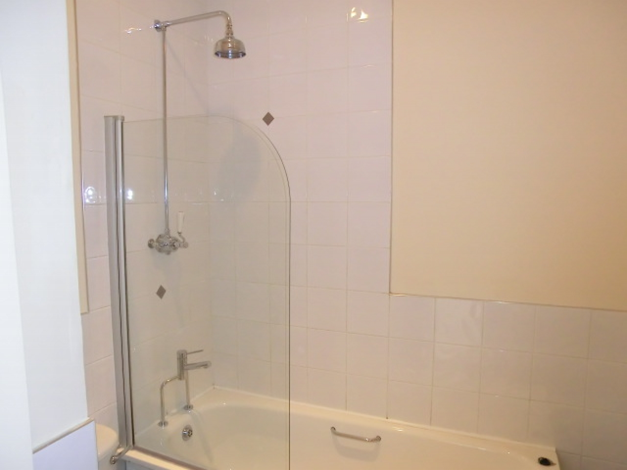 1 bedroom apartment flat/apartment Reserved in Southampton - Photograph 6
