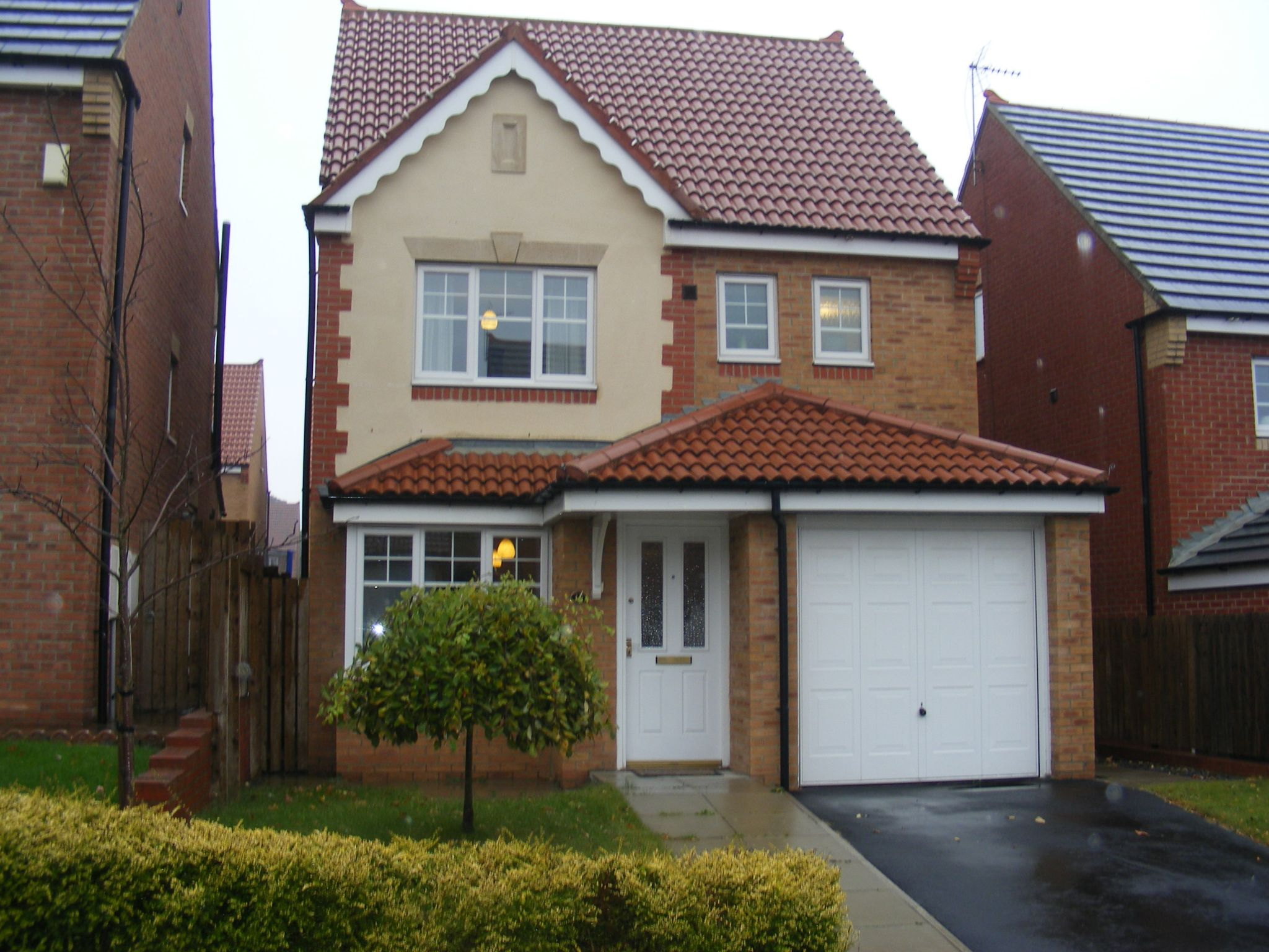 4 bedroom detached house SSTC in Bishop Auckland - Property photograph.