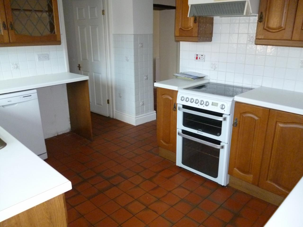 2 bedroom end terraced house Sale Agreed in Ferryhill - Photograph 6.