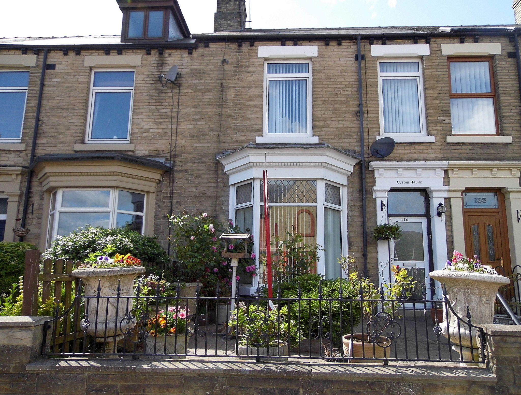 4 bedroom mid terraced house Sold in Bishop Auckland - Front Elevation.