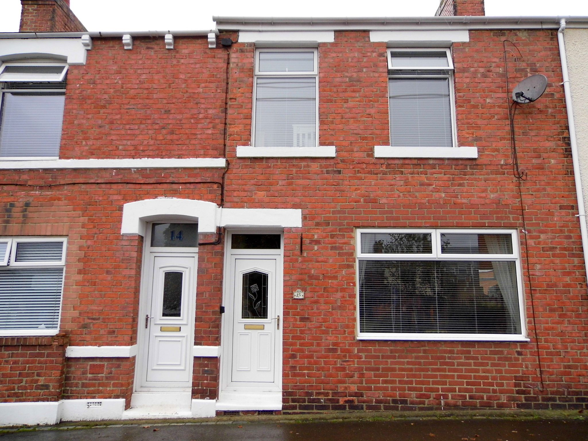 3 bedroom mid terraced house Sale Agreed in Durham - Front Elevation.