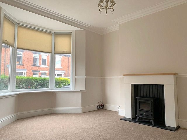 3 bedroom mid terraced house Sale Agreed in Bishop Auckland - Lounge.