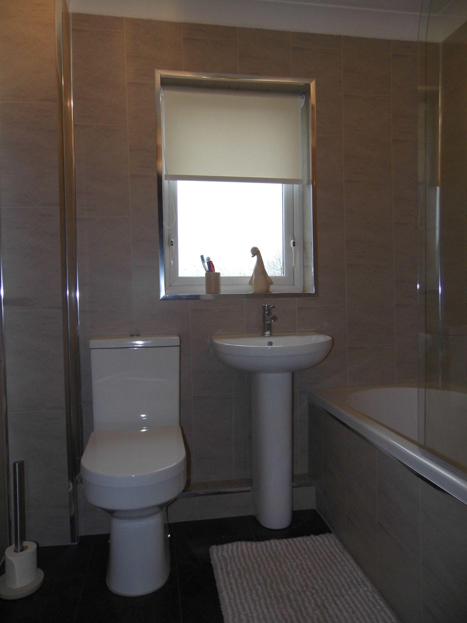 4 bedroom detached house SSTC in Bishop Auckland - Family Bathroom.