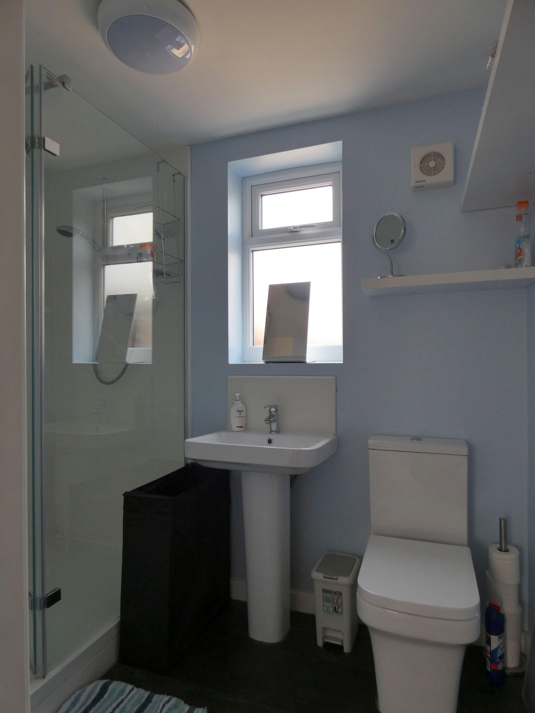 5 bedroom detached bungalow Sale Agreed in Crook - Bathroom.