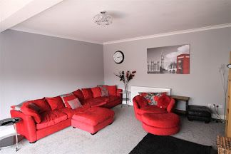 5 bedroom detached bungalow Sale Agreed in Crook - Lounge.