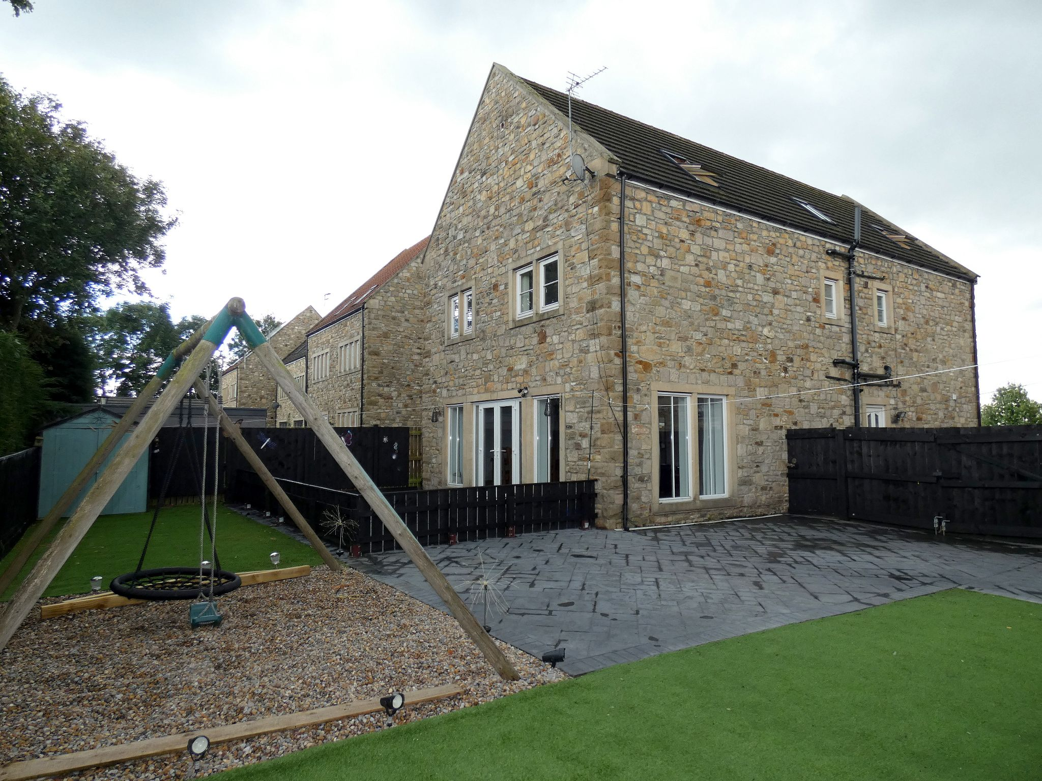 6 bedroom detached house For Sale in Bishop Auckland - Rear Elevation.