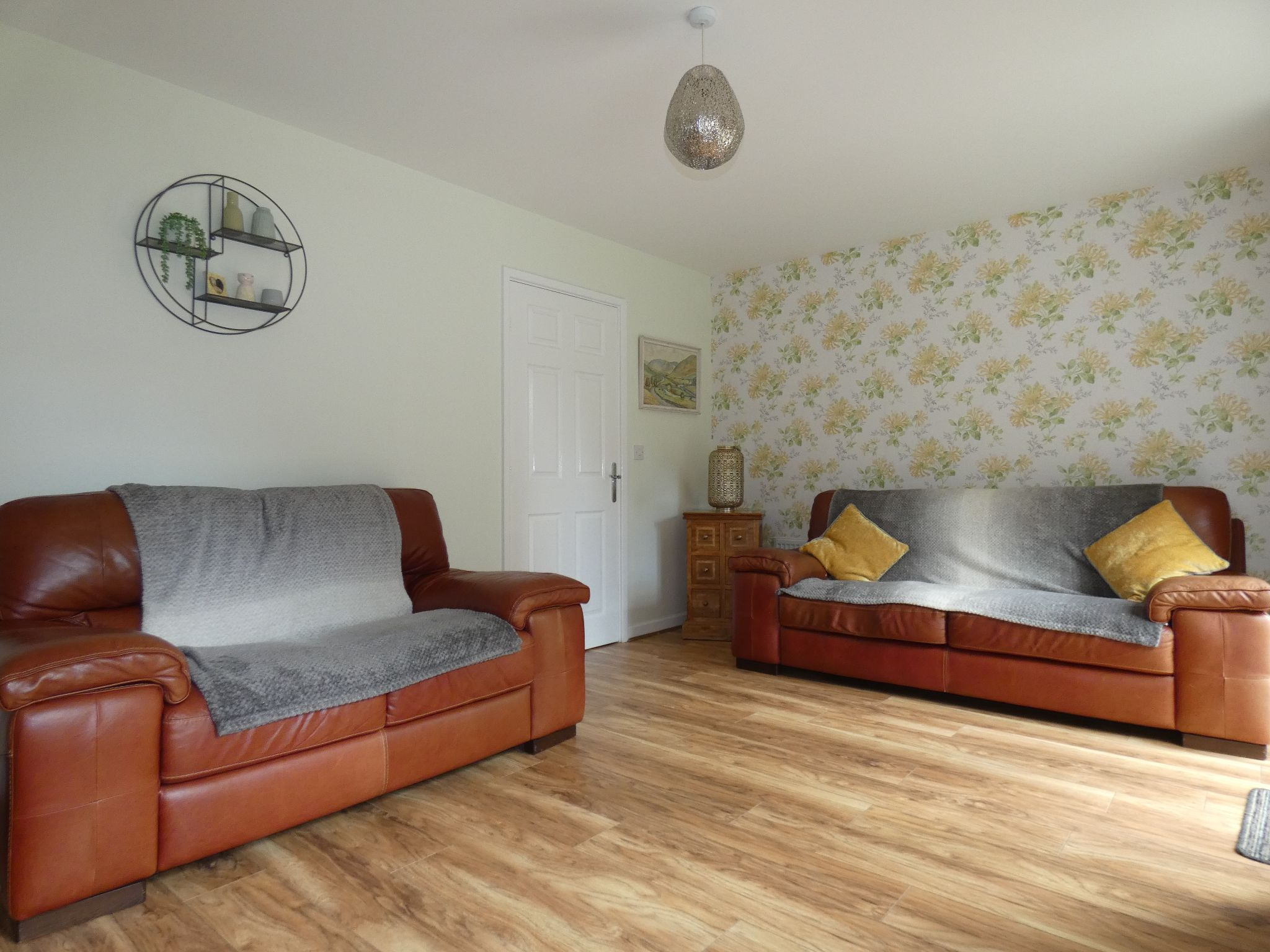 3 bedroom semi-detached house For Sale in Bishop Auckland - Lounge.