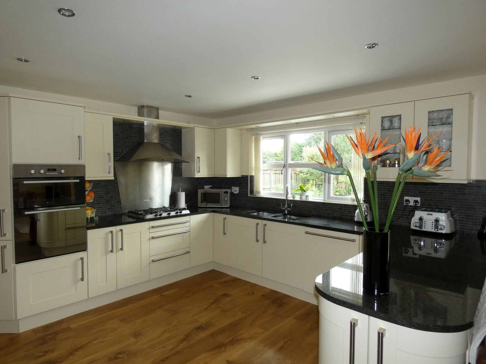 4 bedroom detached house For Sale in Bishop Auckland - Kitchen.