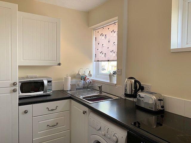 2 bedroom semi-detached bungalow Sale Agreed in Bishop Auckland - Kitchen.
