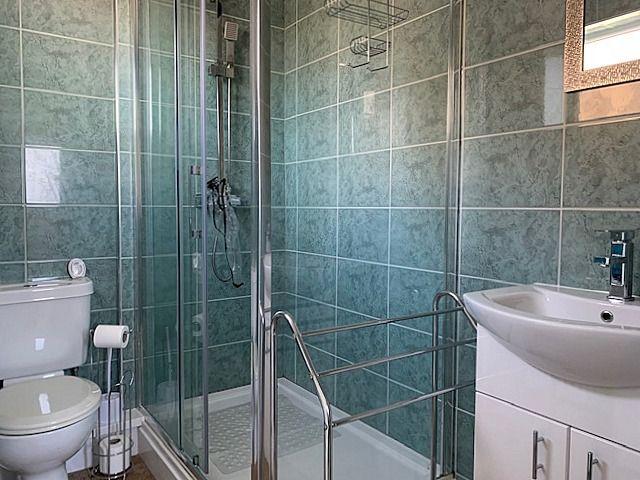 2 bedroom semi-detached bungalow Sale Agreed in Bishop Auckland - Shower Room/Wc.