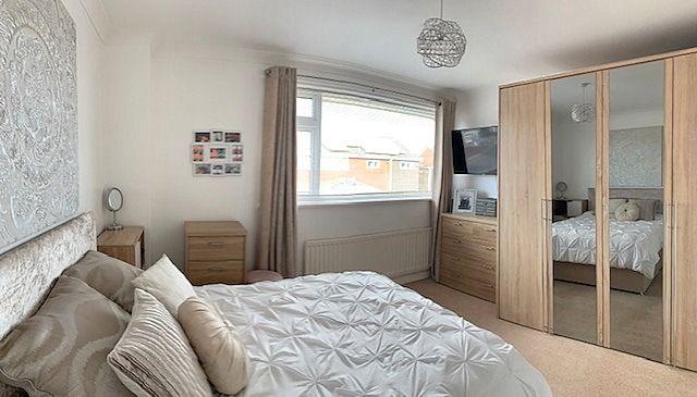 4 bedroom semi-detached house Sale Agreed in Bishop Auckland - Bedroom Three.