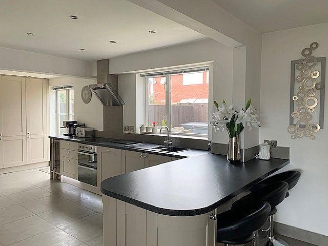 4 bedroom semi-detached house Sale Agreed in Bishop Auckland - Kitchen.