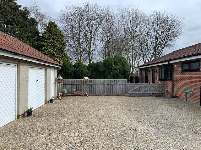 4 bedroom detached bungalow For Sale in Bishop Auckland - Double Garage and Off Road Parking.
