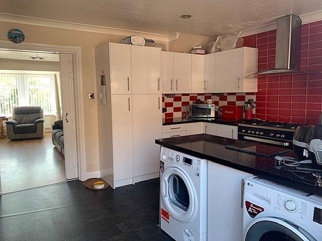3 bedroom mid terraced house For Sale in Bishop Auckland - Kitchen Diner.