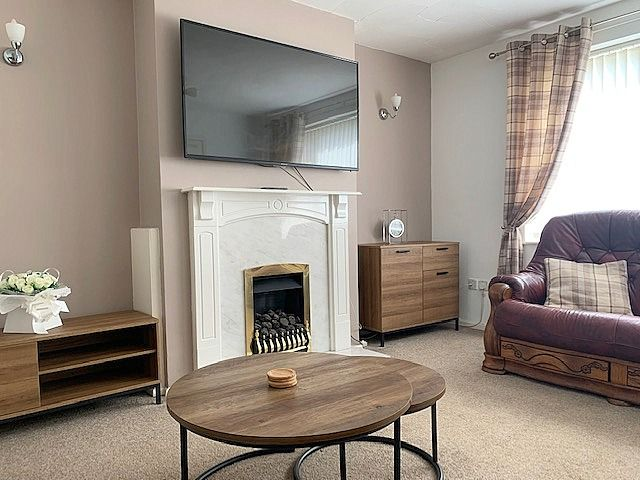 3 bedroom detached house For Sale in Heighington Village - Lounge.