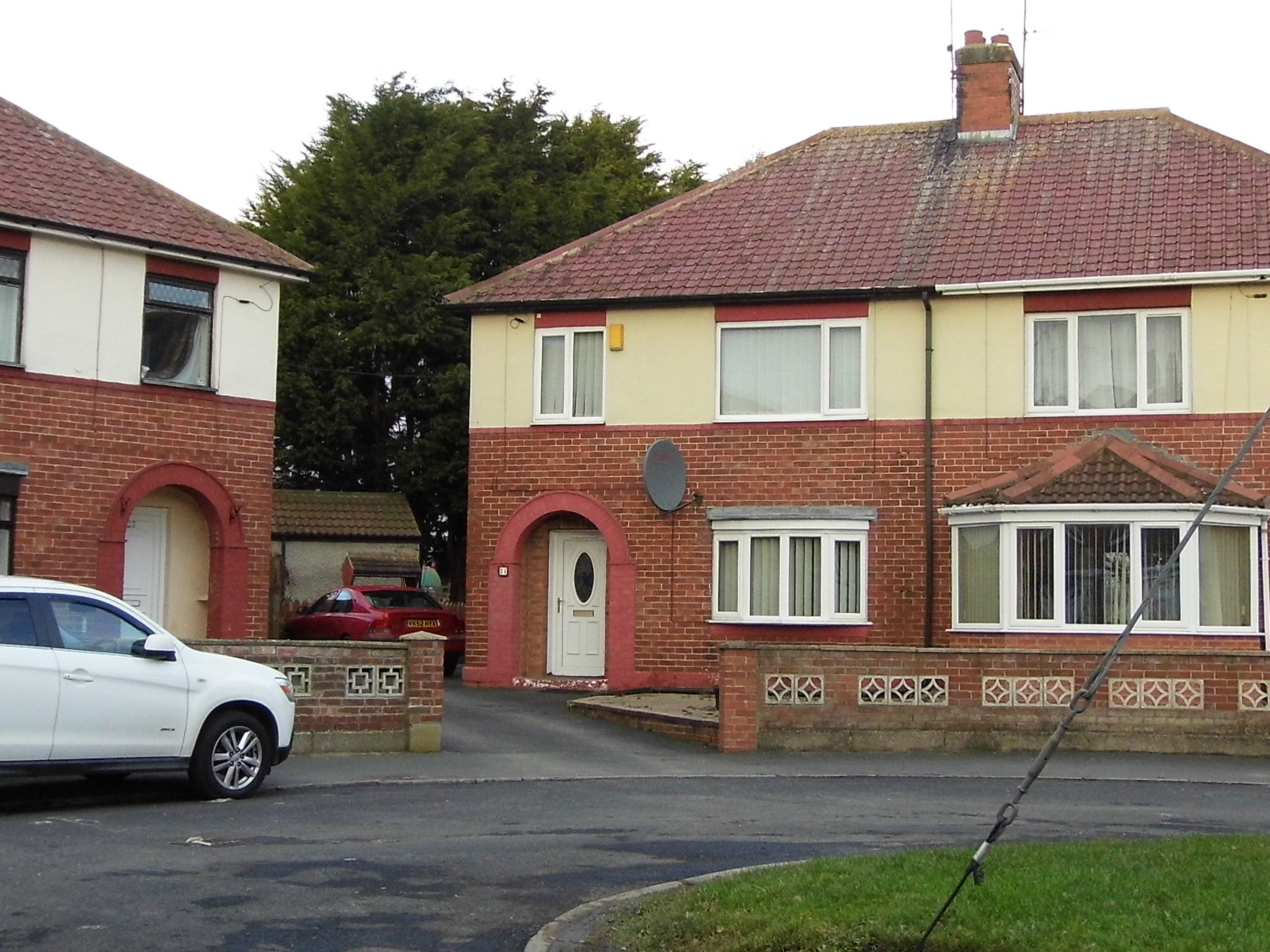 3 bedroom semi-detached house For Sale in Bishop Auckland - Photograph 1.