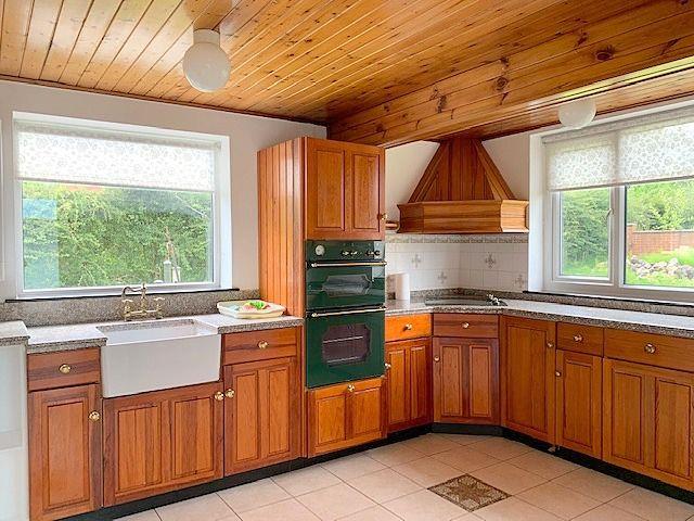 3 bedroom detached bungalow For Sale in Bishop Auckland - Kitchen.