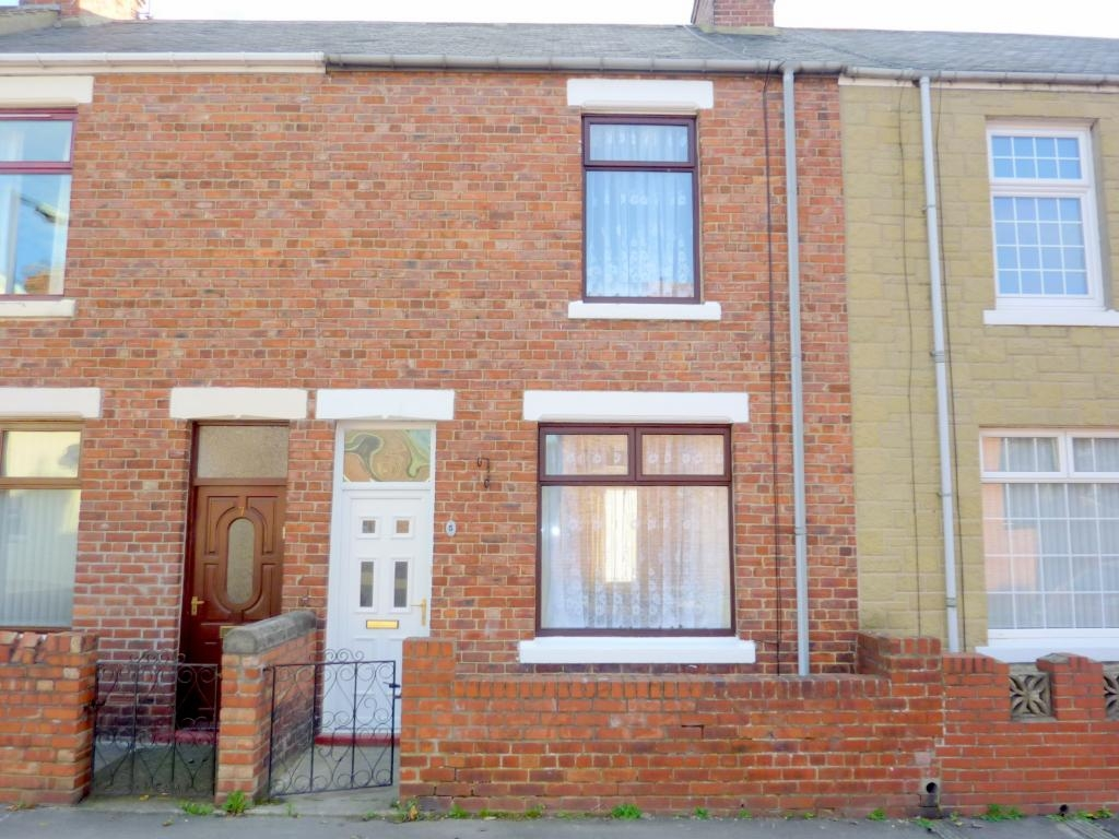 2 bedroom mid terraced house For Sale in Bishop Auckland - Front Elavation.