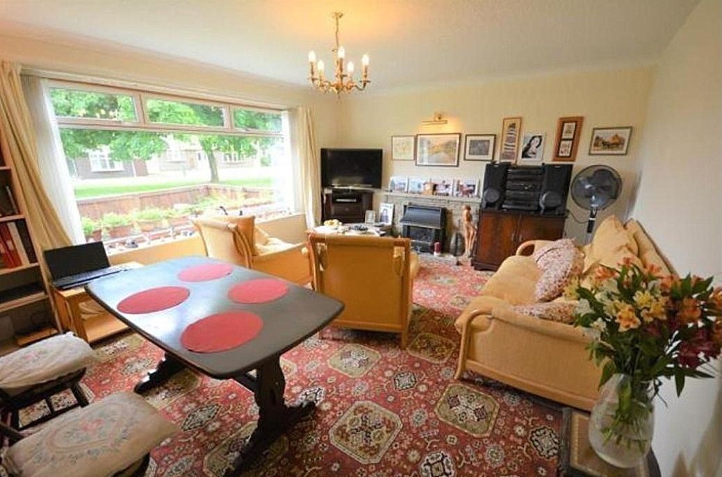 3 bedroom detached bungalow For Sale in Shildon - Photograph 6.