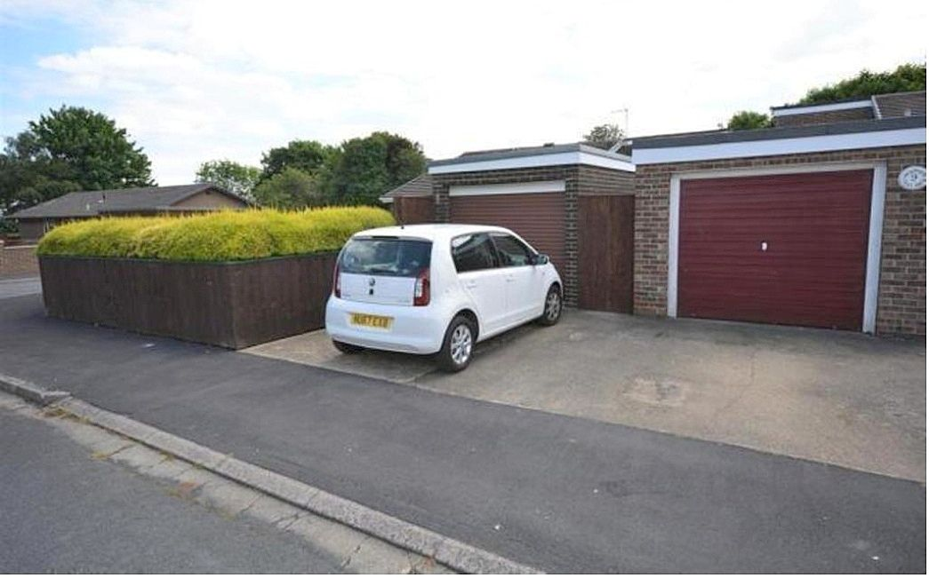 3 bedroom detached bungalow For Sale in Shildon - Photograph 12.