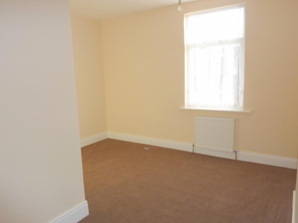 2 bedroom mid terraced house For Sale in Bishop Auckland - Photograph 7.