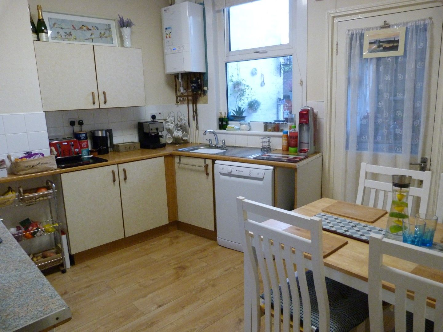 3 bedroom mid terraced house For Sale in Ramsgate - Property photograph