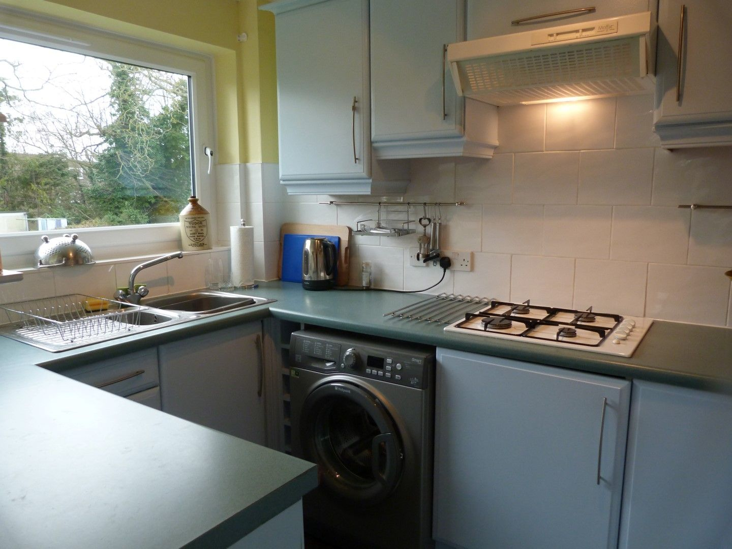3 bedroom flat flat/apartment For Sale in Broadstairs - Property photograph